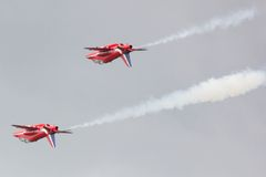 Red Arrows Synchro Pair Royalty Free Stock Photos