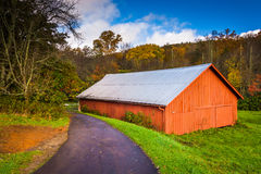 Red barn along the Blue Ridge Parkway near Blowing Rock, North C Royalty Free Stock Photo