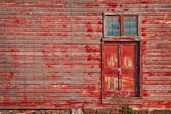 Free Red Barn Door Royalty Free Stock Images - 28082949