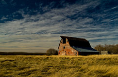 Red Barn in Field Royalty Free Stock Photos