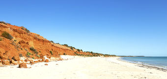 Red Bluff at Bottle Bay Royalty Free Stock Photos