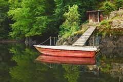 Red boat on the river Royalty Free Stock Photography