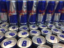 Red Bull cans Royaltyfri Foto