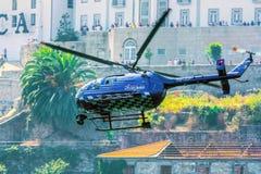 Red Bull-de Helikopter van TV Stock Afbeelding