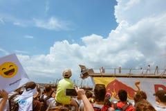 Red Bull Flugtag 2016 a Varna Spettatori della manifestazione Immagine Stock Libera da Diritti