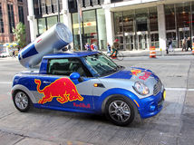 Red Bull Mini Cooper Arkivfoton