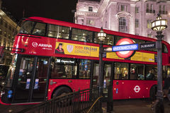Red Bus at Piccadilly Circus LONDON, England - United Kingdom - FEBRUARY 22, 2016 Royalty Free Stock Photography