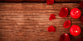 Red candles and petals Royalty Free Stock Photos