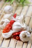 Red chillies and garlic Royalty Free Stock Image