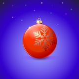 Red Christmas ball with snowflake over starry Royalty Free Stock Photos