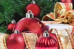 Red christmas decorations and tree Royalty Free Stock Photography