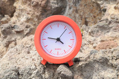 Red Clock Near the Ocean Royalty Free Stock Photography