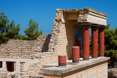 Red Columns of the Palace of Knossos royalty free stock photos