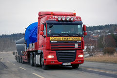 Red DAF Semi Hauls Oversize Load royalty free stock photos