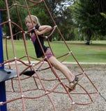 Red de la cuerda del niño que sube. Fotografía de archivo libre de regalías