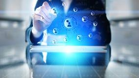Red de las relaciones de la gente en la pantalla virtual Comunicación del cliente y concepto social de los medios imágenes de archivo libres de regalías