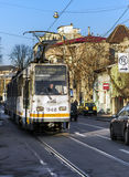 Red de transporte pública de autobuses, de tranvías y de trolebuses en Buc Fotografía de archivo