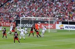 Red del portero - estadio de fútbol - fanáticos del fútbol Imagen de archivo libre de regalías