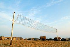 Red del voleibol en la playa Imágenes de archivo libres de regalías