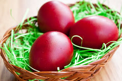 Red eggs in a basket Royalty Free Stock Photography