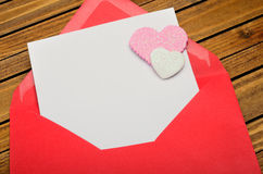 Red envelope with empty paper Royalty Free Stock Photography