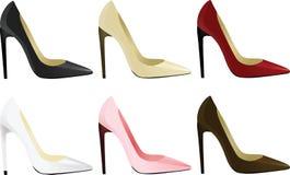 red för ben för olika häl för fot för bakgrundscloseupen shoes hög isolerad gymnastikskosportar två slitage vita kvinnakvinnor Royaltyfria Foton