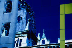 red för fläck för byggnadsfärg foy infra Arkivfoton