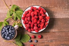 Free Red Fresh Ripe Raspberry In A Bowl. Summer Concept Stock Photo - 154886340