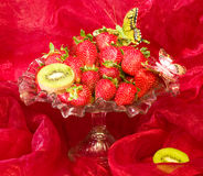 Red fresh strawberry in vase Royalty Free Stock Photography