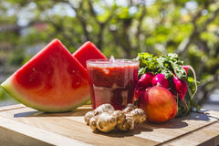 Red fruit and vegetable juice Royalty Free Stock Photography