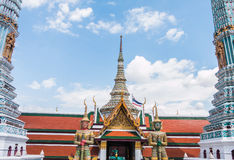 Red and Green Giant Guardian in Wat Phra Kaew temple Royalty Free Stock Photos
