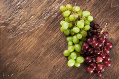 Red and green grapes Royalty Free Stock Photos