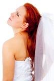 Red-haired невеста смотрит к стороне стоковые изображения