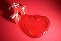 Red heart and gift boxes Royalty Free Stock Photos