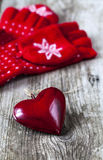 Red mittens a and heart Royalty Free Stock Photography