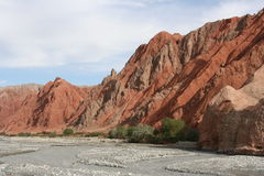 Red mountains along the Karakorum Highway Royalty Free Stock Image