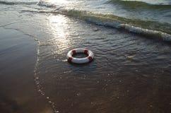 Red- och whiteräddningsaktionhjul Fotografering för Bildbyråer