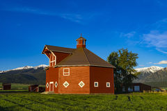 Red octagonal barn Royalty Free Stock Photography
