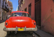 Red oldtimer in Havanna Stock Photography