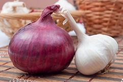 Red onion and garlic Stock Images