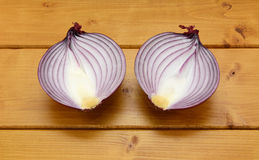 Red onion halved Royalty Free Stock Photography