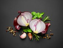 Red onion and spices Royalty Free Stock Photography