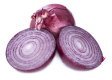 Red Onions (isolated on white) Royalty Free Stock Image