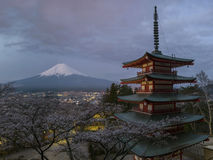 Red pagoda with Mt. Fuji Royalty Free Stock Photos