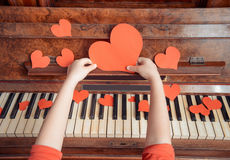 Red paper heart and music Royalty Free Stock Photos