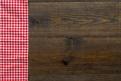 Free Red Picnic Cloth On Wooden Table, Top View Royalty Free Stock Images - 218553239