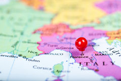 Red push pin on map of Italy Royalty Free Stock Photos