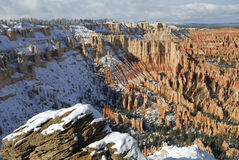 Free Red Rock Of Bryce Canyon In Winter Royalty Free Stock Images - 7370199