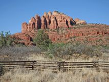 Red Rocks and Fence on Turkey Creek Trail in Sedona royalty free stock photography