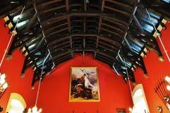 Red Roof op Historische Zaal Royalty-vrije Stock Afbeelding